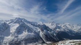 高加索冬天雪山 图库摄影