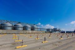 高加索口岸汽车停车处 在口岸克里米亚、刻赤和口岸高加索之间的火车轮渡 免版税图库摄影