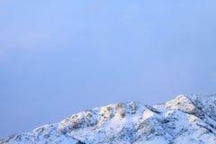 高加索dombay山山峰 库存照片
