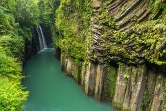 高千穗峡谷和瀑布在宫崎,日本 免版税库存照片
