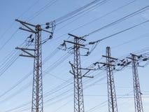 高压主输电线 免版税库存图片