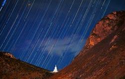高原满天星斗的天空 免版税图库摄影