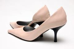 高对变粉红色鞋子 免版税库存图片