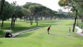 高尔夫球发球区域射击,在阿尔加威著名目的地,葡萄牙 库存照片