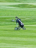 高尔夫球台车 免版税库存照片