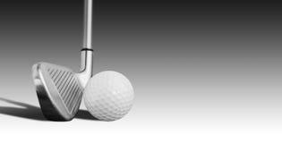 高尔夫球和铁 免版税图库摄影