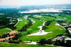 高尔夫球场Elevevated视图  免版税库存图片