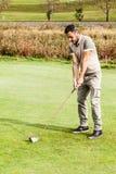 高尔夫球姿态 库存图片