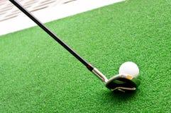 高尔夫球开车范围 库存图片