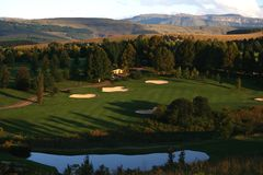 高尔夫球手段 免版税库存图片