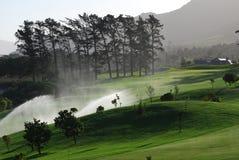 高尔夫球灌溉 库存照片