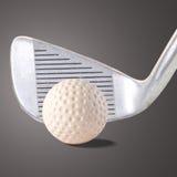 高尔夫球的发球区域 库存照片