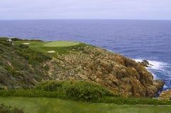 高尔夫球绿浪 库存图片