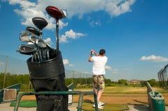 高尔夫球范围 免版税图库摄影
