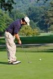 高尔夫球运动员夏天 免版税库存图片