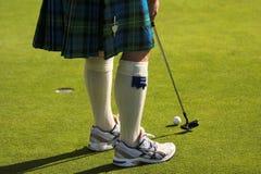 高尔夫球运动员避开 免版税库存图片