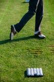 高尔夫球运动员鞋子  库存照片