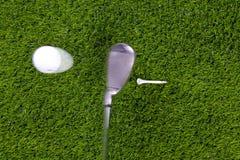 高尔夫球铁射击发球区域 库存图片