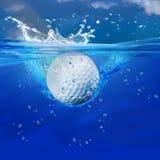 高尔夫球飞溅 库存图片