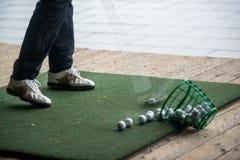 高尔夫球-实践区域 库存图片