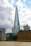 高层现代摩天大楼-建筑学在伦敦 免版税库存照片