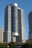 高层的公寓 免版税库存图片