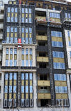 高层建筑物建设中与防水和温暖墙壁 免版税库存照片