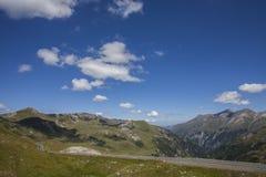 高山奥地利路 免版税库存照片