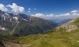 高山山风景在夏天 奥地利的阿尔卑斯 图库摄影