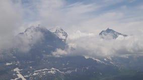 高山峰顶landskape背景 少女峰,Bernese高地 远足概念的阿尔卑斯、旅游业和冒险 股票录像