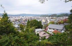 高山市镇风景从上面的 图库摄影