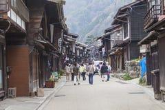 高山市,日本- 5月03 :Sannomachi的Stre未认出的人 免版税库存图片