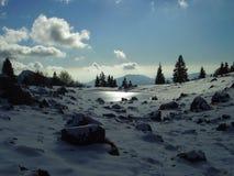 高山横向冬天 免版税图库摄影