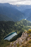 高山湖一点Ritsa和大Ritsa在高加索山脉的阿布哈兹 库存照片