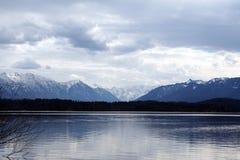 高山湖 免版税库存图片