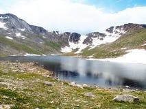 高山湖 免版税图库摄影