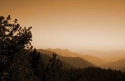 高山脉远景 库存图片