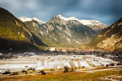 高山谷在提洛尔,奥地利 库存图片