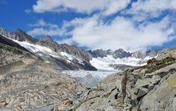 高山Furka冰川概要 库存照片