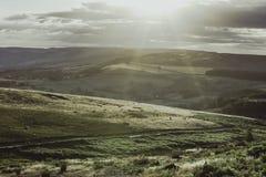 高峰区国立公园,德贝郡,英国田园诗风景  免版税图库摄影