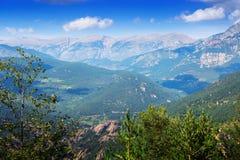 从高峰的山 比利牛斯 免版税库存图片
