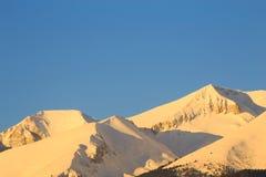 高峰Vihren (2914 m)在日出 图库摄影