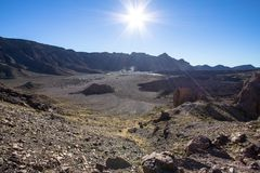 高度云彩高山顶国家公园倾吐的显示teide tenerife 库存图片