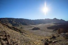 高度云彩高山顶国家公园倾吐的显示teide tenerife 免版税库存图片