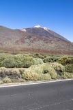 高度云彩高山顶国家公园倾吐的显示teide tenerife 库存照片
