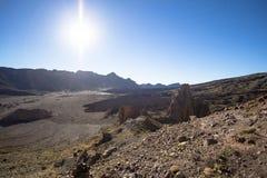 高度云彩高山顶国家公园倾吐的显示teide tenerife 免版税图库摄影