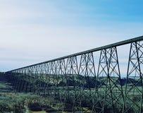 高度平实桥梁 免版税库存图片
