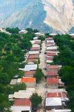 从高度的山村视图 免版税图库摄影