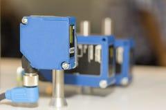 高性能和技术准确性和快速地检测激光距离传感器工业的 库存照片
