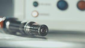 高技术激光设备 关闭与钢连接器的缆绳 影视素材